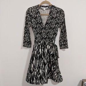 Diane von Furstenberg silk-blend wrap dress (4)
